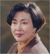 변영희 소설가