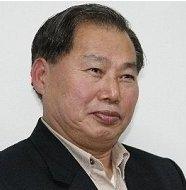 윤행원 수필가